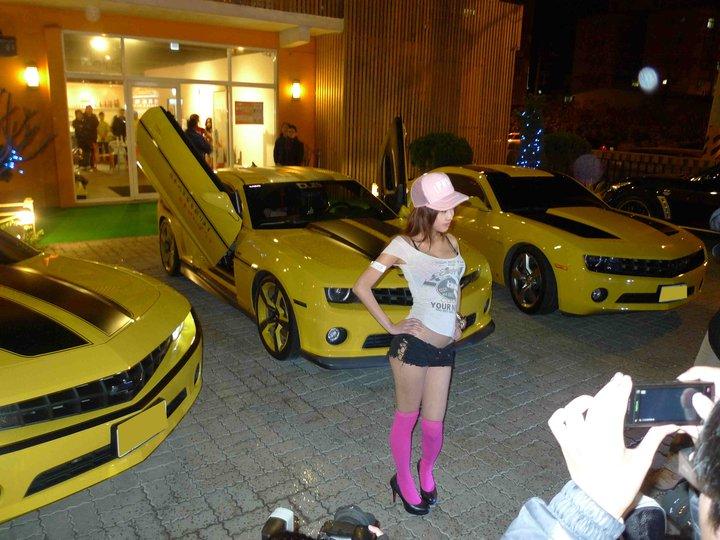 Recent Camaro Meet With Show Girls Camaro5 Chevy Camaro