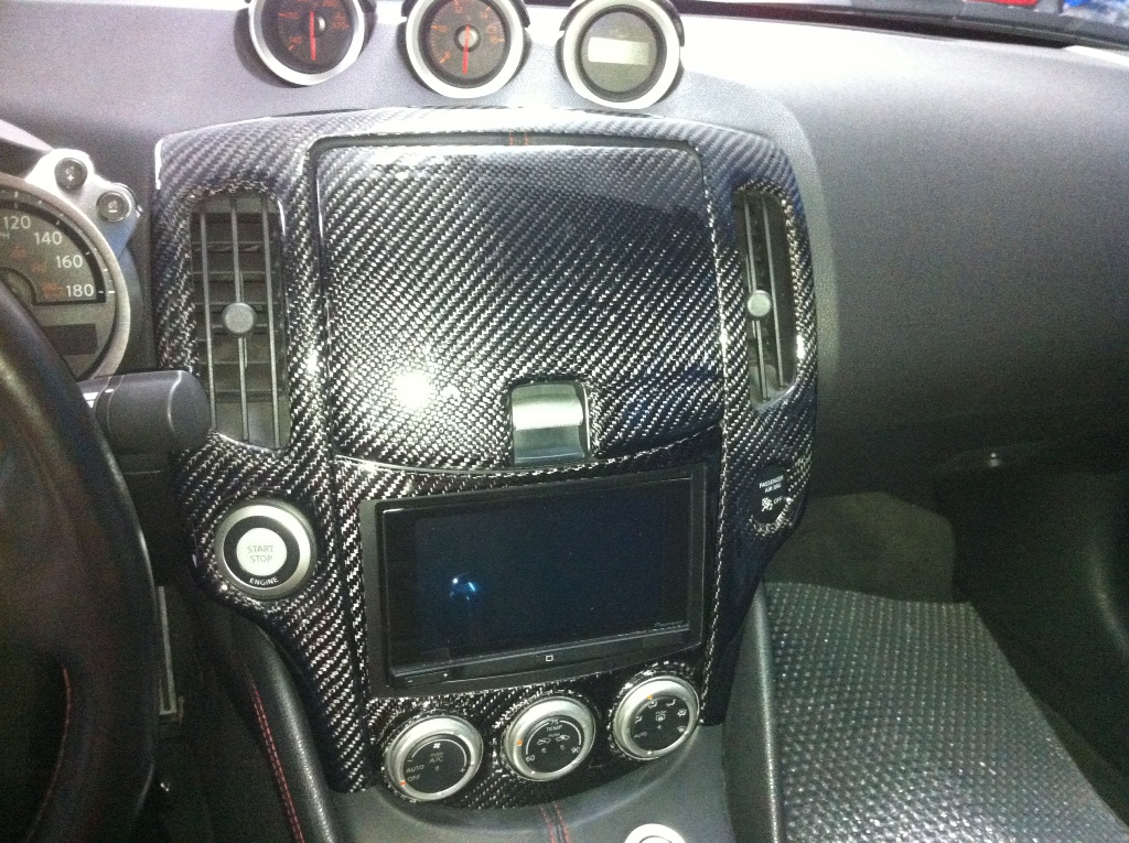 evo r 370z carbon fiber center dash kit nissan 370z forum. Black Bedroom Furniture Sets. Home Design Ideas